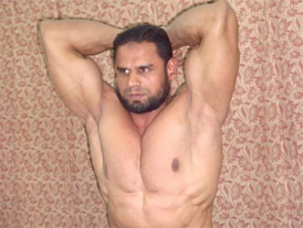 Mir Mohtesham's muscle power wows India