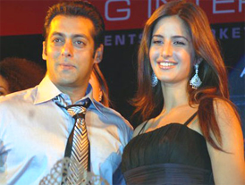Insecure Salman spies on Katrina