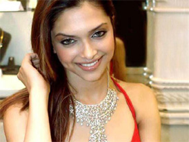 Deepika connects to fans online