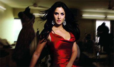 Katrina desperate for an image makeover in 'Dhoom 3'?