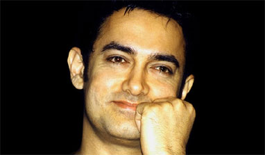 Aamir supports Manipur rights activist