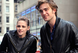 Kristen Stewart, Robert Pattinson set to promote `Breaking Dawn Pt 2` together