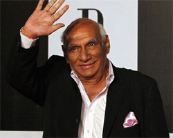 Yash Chopra cremated ceremoniously