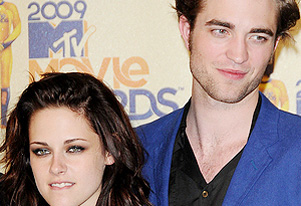 Robert Pattinson, Kristen Stewart still have trust issues?