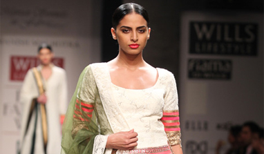 Day 3 of Wills Lifestyle India Fashion Week sees a regal opening!