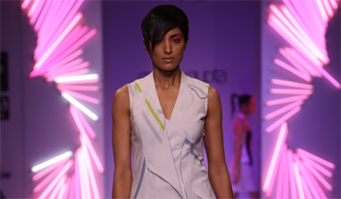 Batman's Gotham, the Arctic, and androgyny on the ramp at Wills India Fashion Week!