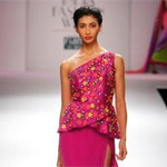 Vibrant colours, cutworks dominate Nachiket`s WIFW show