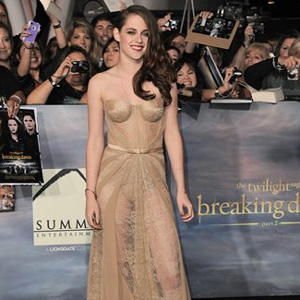 Kristen Stewart stuns with nude lace dress