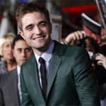 Twilight fans must have mental disorder to camp out in cold, says Robert Pattinson