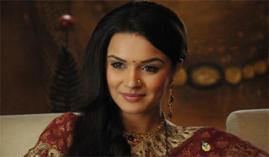 Aashka Goradia bids adieu to `Bigg Boss 6`