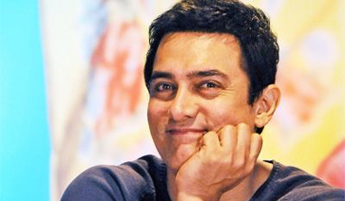 Aamir Khan gets under the shower again!