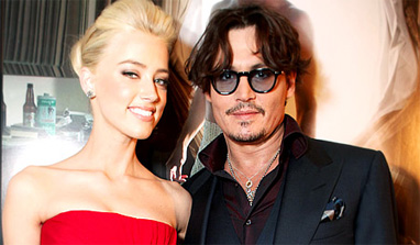 Amber Heard telling everyone about relation with Johnny Depp?