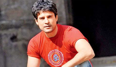 Happy with no backing in film industry: Rajeev Khandelwal