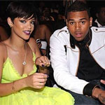 Chris Brown paints picture for Rihanna