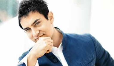 Shakun Batra wants to direct Aamir Khan