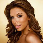 Eva Longoria always wears fake eyelashes
