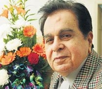Dara Singh had heart of gold: Dilip Kumar