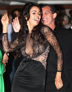 Antonio Banderas-Melanie Griffith marriage in trouble due to Mallika Sherawat?