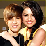 Justin Bieber writing, producing song for Selena Gomez