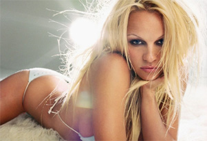 Ultimate seductress Pamela Anderson on brief celibacy
