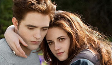 R-Patz and Stewart's intimate stills from `Breaking Dawn 2` released