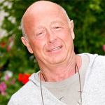 Tony Scott`s family denies reports he was suffering from brain cancer