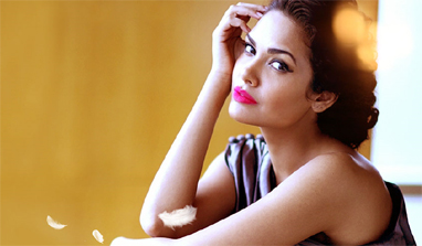 It`s not easy to scare me: Esha Gupta