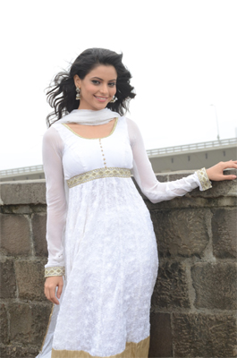 Aamna Sharif back on small screen
