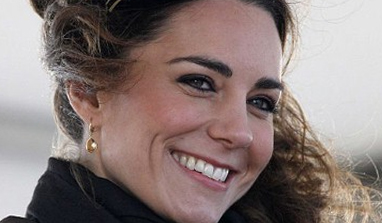 French mags' lawyer blames Kate Middleton over topless pics fiasco