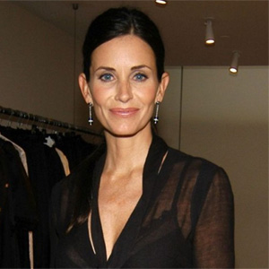 Courteney Cox turns interior designer for charity