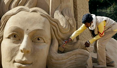 Indian sand artist wins prize in Denmark