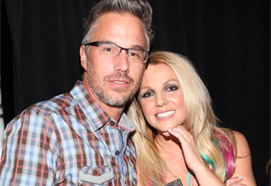 Britney Spears` ex-fiance Jason Trawick signs confidentiality agreement