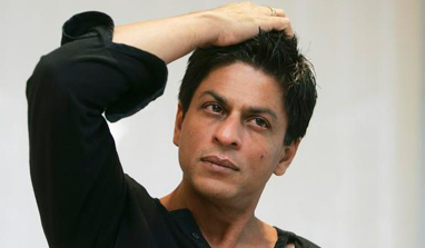 I sometimes become the inadvertent object of political leaders: Shah Rukh Khan