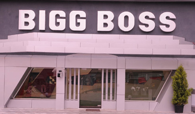 'Bigg Boss 6' house burnt into ashes