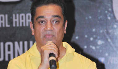 I am 'grateful' to Jayalalithaa for her support on 'Vishwaroopam', says Kamal Haasan