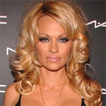 I`ve got bruises everywhere: Pamela Anderson