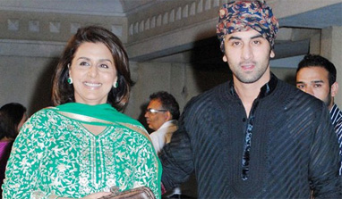 Ranbir Kapoor to perform with mom Neetu Singh at awards function