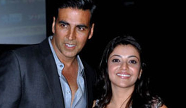 Akshay Kumar and Kajal bond over Punjabi food!