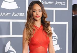 Grammy Awards 2013: Rihanna flashes nipples on the red carpet