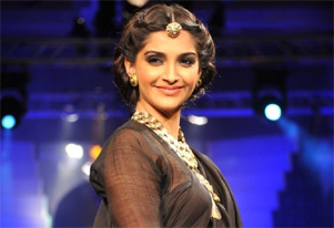 One piece of expensive jewellery better than several of junk: Sonam Kapoor