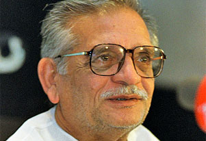 Gulzar in Lahore on a private visit