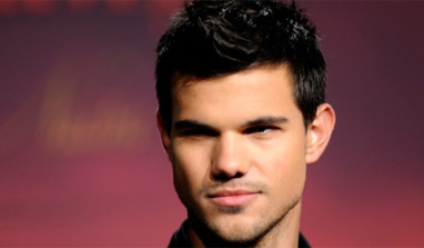 Taylor Lautner celebrates birthday with Kristen Stewart
