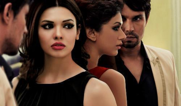 'Murder 3' review: The art of 'murdering love' - Randeep Hooda style!