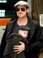 Son Knox copies Brad Pitt`s cool look