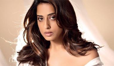 I am not sensual in real life: Mahie Gill