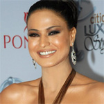 I`m still waiting for roles I desire: Veena Malik