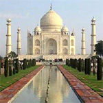 Agra`s heritage buildings threatened by steady march of encroachers