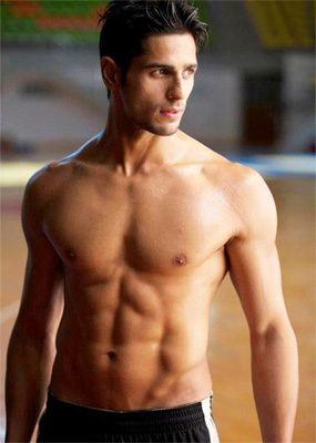 Sidharth Malhotra to get makeover for `The Villian`