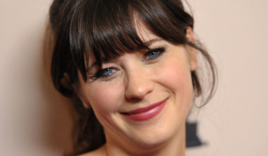 I cajoled my producers for Loretta Lynn`s musical: Zooey Deschanel