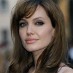 Angelina Jolie to play own mother in biopic?